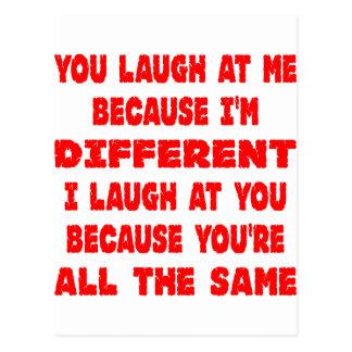 私が異なっている私嘲笑するので私を嘲笑します ポストカード