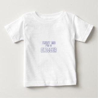 私が私ブロガーであることを信頼して下さい ベビーTシャツ