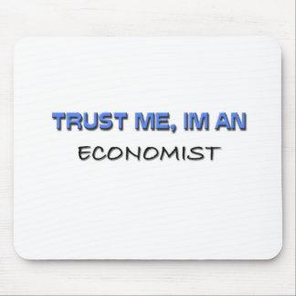 私が私経済学者であることを信頼して下さい マウスパッド