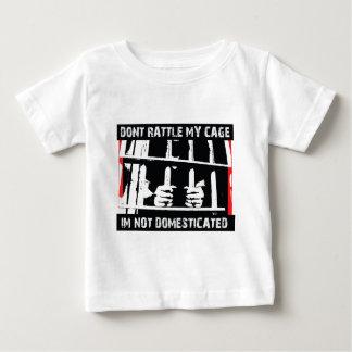 私が飼いならされない私のおりをがらがらと鳴らさないで下さい ベビーTシャツ