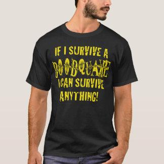 私がboobquakeを.....生き延びれば tシャツ