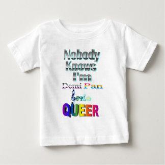 私がDemi鍋のSapioの同性愛者であることをだれも知りません ベビーTシャツ