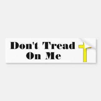 私で十字の宗教自由のステッカーを踏まないで下さい バンパーステッカー