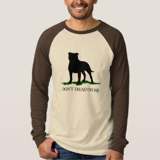 私で- (犬)スタッフォードのブルテリアを踏まないで下さい Tシャツ