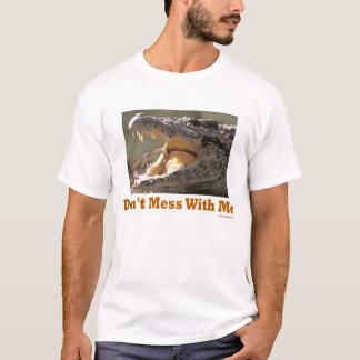 私とCrocのTシャツを台なしにしないで下さい Tシャツ