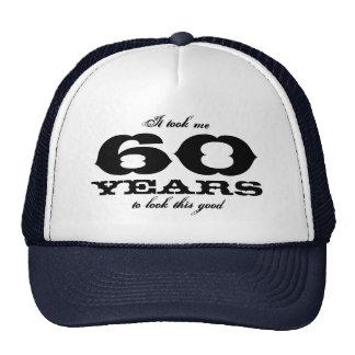 私にこのよい誕生日の帽子を見るために60年かかりました トラッカー帽子