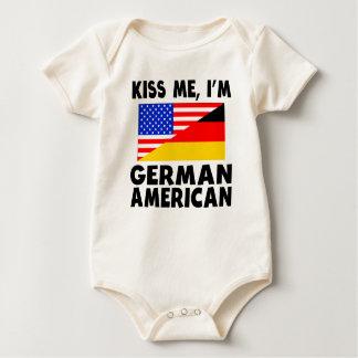 私によってがドイツのアメリカ人である私に接吻して下さい ベビーボディスーツ