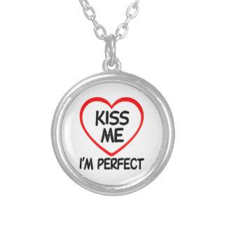 私によってが完全である私に接吻して下さい シルバープレートネックレス