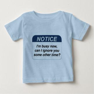 私によってが忙しい他の…今である通知は私無視できます ベビーTシャツ