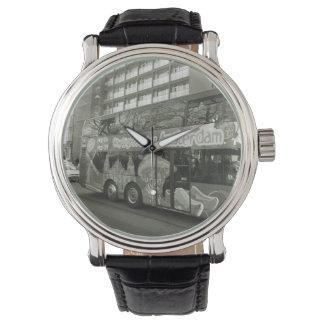 私にアムステルダムのためのバスを取るために思い出させて下さい 腕時計