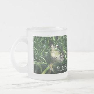 私にカエルの王子おもしろマグカップ接吻して下さい フロストグラスマグカップ