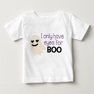 私にブーイングの乳児のTシャツのための目だけがあります ベビーTシャツ