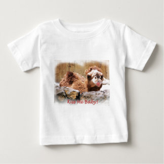私にラクダ接吻して下さい ベビーTシャツ