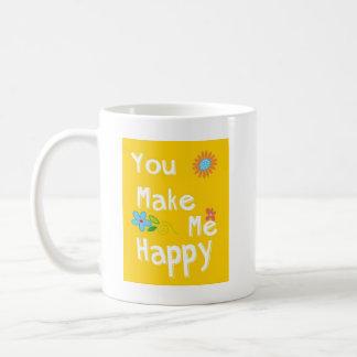 """""""私に幸せな""""タイポグラフィ-黄色--をします コーヒーマグカップ"""