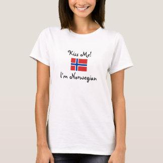 私に接吻して下さい! 私はノルウェー語です Tシャツ