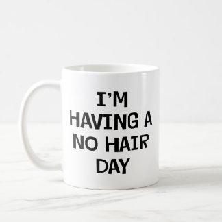 私に毛があっていません コーヒーマグカップ