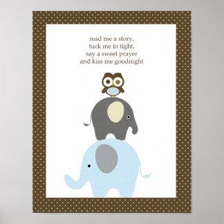 私に物語のフクロウ象の男の子の子供部屋の芸術を読んで下さい ポスター