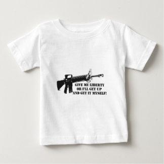 私に自由A.pngを与えて下さい ベビーTシャツ