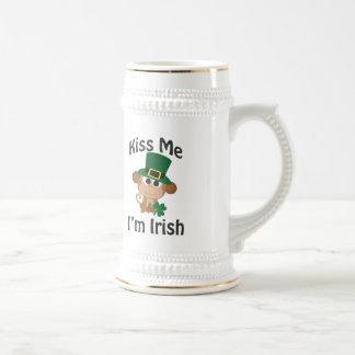 私に、私ありますアイルランド語が接吻して下さい! 猿 ビールジョッキ