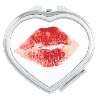 """""""私に""""赤い唇接吻して下さい"""