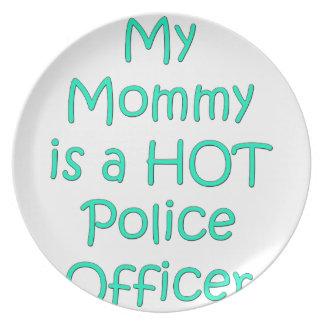 私のお母さんは熱い警官です プレート