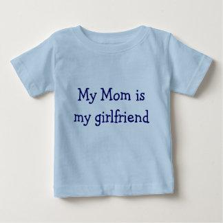 私のお母さんは私のガールフレンドです ベビーTシャツ
