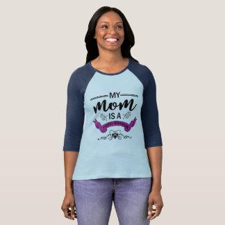 私のお母さんはFibro戦士のワイシャツです Tシャツ