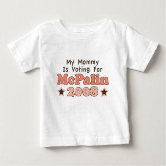私のお母さんはMcPalinの2008年のベビーのTシャツのために投票しています ベビーTシャツ