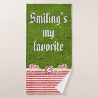 """""""私のお気に入りのな""""クリスマスの小妖精や小人の引用文微笑します バスタオルセット"""