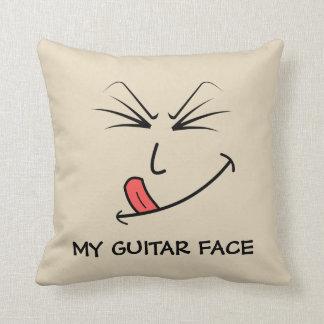 私のギターの顔音楽 クッション