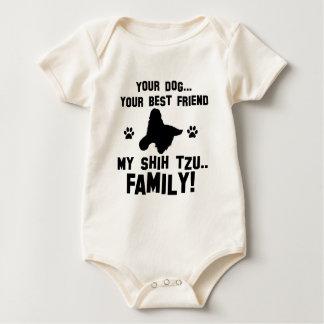 私のシーズー(犬)のtzu家族、あなたの犬ちょうど親友 ベビーボディスーツ