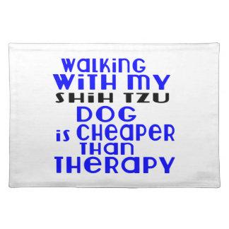 私のシーズー(犬)のTzu犬のデザインと歩くこと ランチョンマット