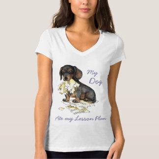 私のダックスフントは私のレッスン・プランを食べました Tシャツ
