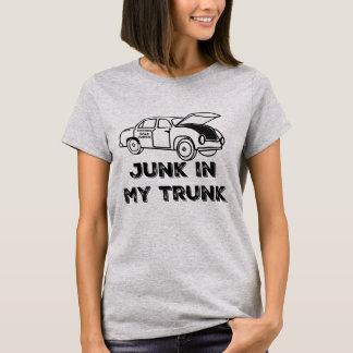 私のトランクのワイシャツのガレージセールの麻薬常習者のがらくた Tシャツ