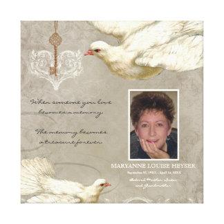 私のハートの鳩の死別の記念物への鍵 キャンバスプリント