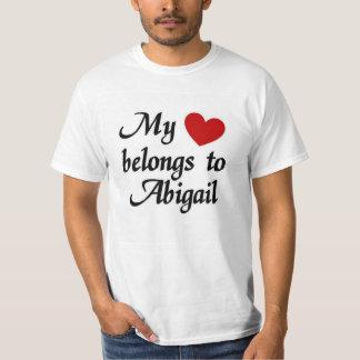 私のハートはアビゲイルに属します Tシャツ