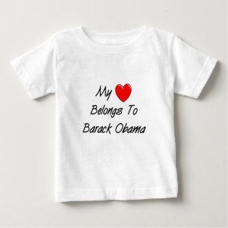 私のハートはバラック・オバマに属します ベビーTシャツ