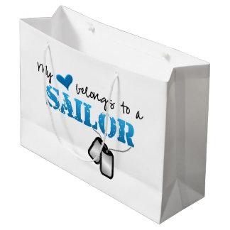 私のハートは船員に属します ラージペーパーバッグ