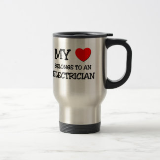 私のハートは電気技師に属します トラベルマグ