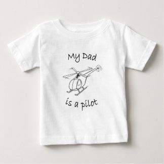 私のパパはパイロットです ベビーTシャツ