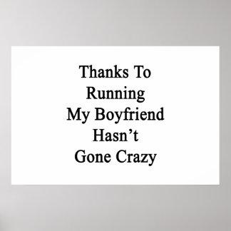 私のボーイフレンドを走ることのおかげで熱狂するに行きませんでした ポスター