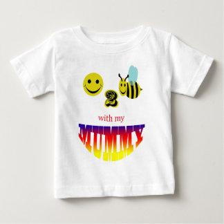 私のミイラを持つ幸せな2蜂 ベビーTシャツ