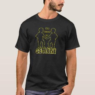 私の印はジェミニです Tシャツ