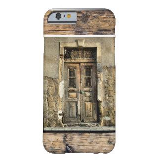私の古い木のドア BARELY THERE iPhone 6 ケース