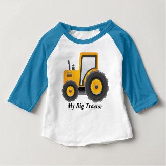 私の大きいトラクターの袖のRaglanのTシャツ ベビーTシャツ