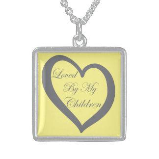 私の子供のネックレス100%の純銀製によって愛される スターリングシルバーネックレス