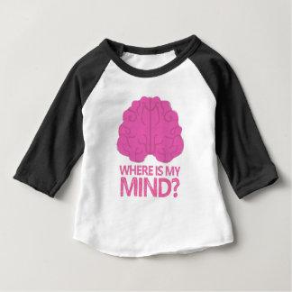 私の心はどこにありますか。 ピンクの頭脳を使って ベビーTシャツ