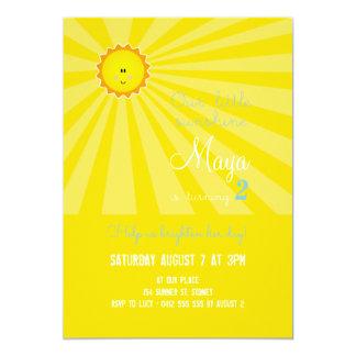 私の日光の誕生日の招待状-黄色です カード