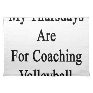 私の木曜日はコーチのバレーボールのためです ランチョンマット