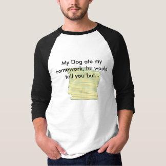 私の犬は私の宿題を食べました Tシャツ
